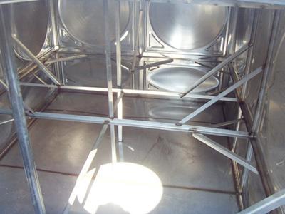 不锈钢水箱内部结构